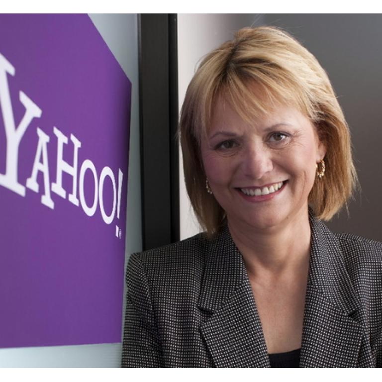 Yahoo despide a su consejera delegada en busca de un cambio de rumbo