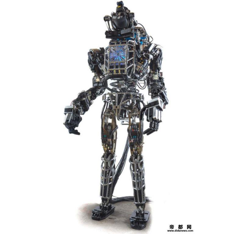 El bombero del futuro, será un robot humanoide