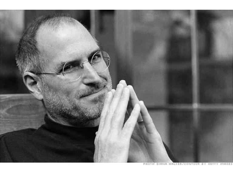 Celebridades asisten a la ceremonia de conmemoración en honor a Steve Jobs