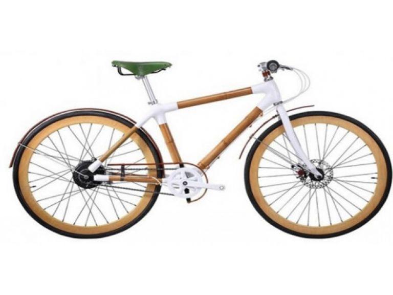 La bicicleta de bambú que recarga móviles